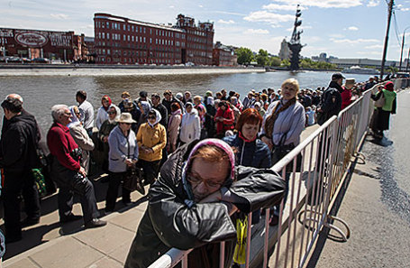 Путин назвал доставку мощей Николая Чудотворца большим событием