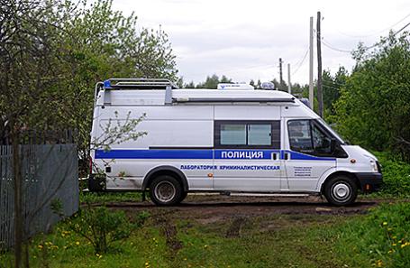 Полиция на месте происшествия в поселке Редкино.