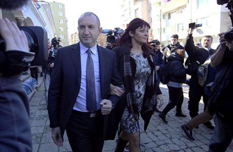 Президент Болгарии Румен Радев с женой Десиславой.