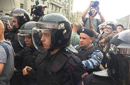 Москва, Тверская улица. 12 июня 2017 года.