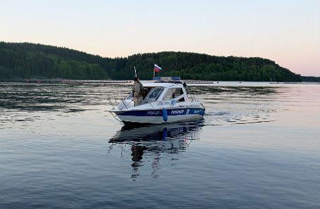 Поисково-спасательные работы на Ладожском озере.