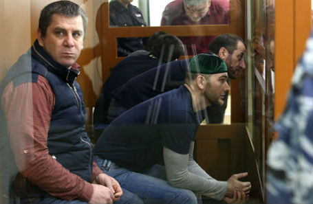 Фигуранты по делу об убийстве Немцова Темирлан Эскерханов, Шадид Губашев и Хамзат Бахаев (слева направо).