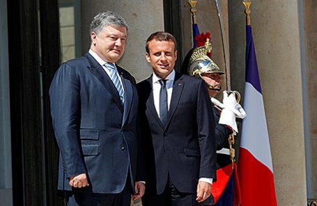 Президент Украины Петр Порошенко на встрече с президентом Франции Эммануэлем Макроном.