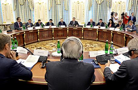 Во время пленарного заседания в рамках саммита Украина - ЕС.