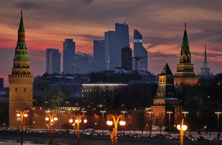 ВКремле немогут отыскать образ будущего для кампании В. Путина