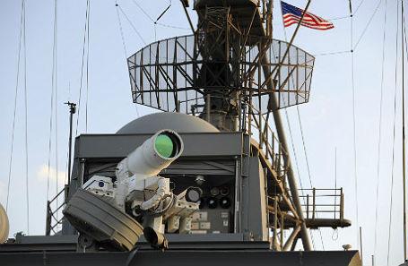 Установка LaWS на борту USS Ponce.