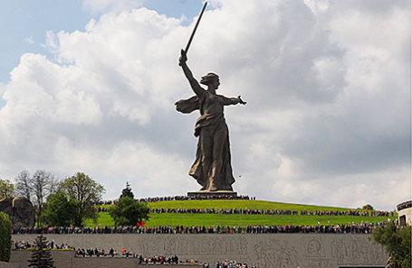 На Мамаевом кургане в День Победы.