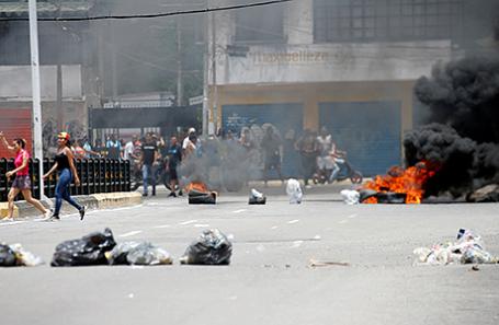 Баррикады в Валенсии, Венесуэла.