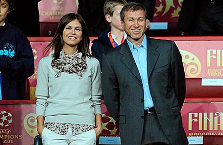 Роман Абрамович и Дарья Жукова.