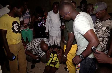 После нападения на ресторан в Буркина-Фасо.