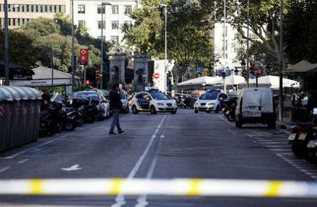 Трамп осудил теракт вБарселоне ипредложил помощь США