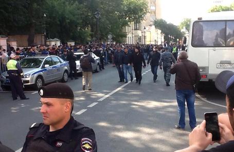 Акция протеста у посольства Мьянмы в Москве.