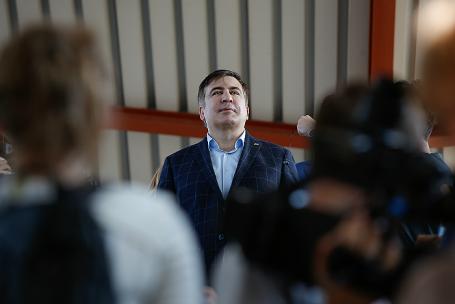 Поезд с экс-губернатором Одесской области Михаилом Саакашвили остановлен на польско-украинской границе.