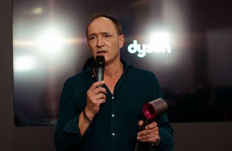 Генеральный директор Dyson Макс Конзе.