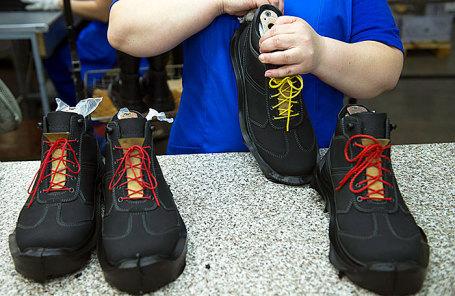 Производство специальной обуви для силовых структур и госпредприятий на заводе «Обувь России».