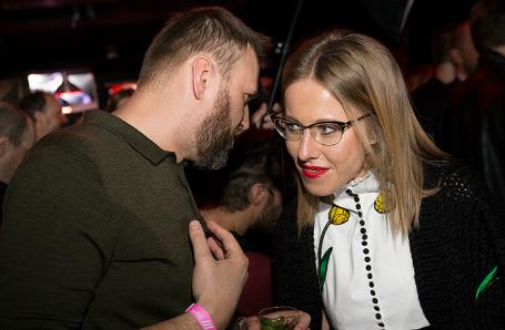 Оппозиционер Алексей Навальный и телеведущая Ксения Собчак.