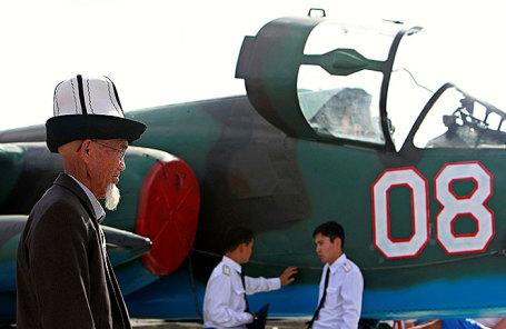 На российской военно-воздушной базе в Канте, недалеко от Бишкека.