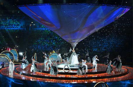 Во время церемонии открытия XIX Всемирного фестиваля молодежи и студентов.