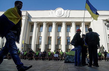 Митинг у здания Верховной рады Украины в Киеве, 18 октября 2017.
