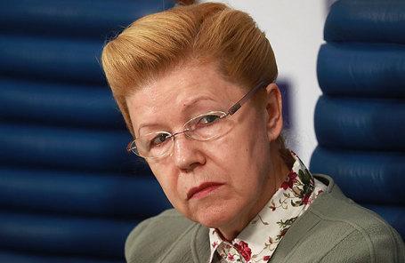 Член Совета Федерации, председатель комиссии СФ по подготовке предложений по совершенствованию Семейного кодекса РФ Елена Мизулина.