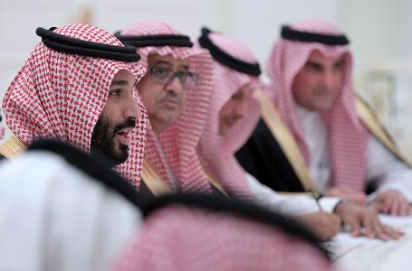 Принц Саудовской Аравии выступил завозвращение кумеренному исламу