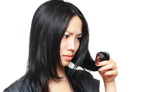 Японка подала всуд нашколу, заставлявшую ееперекрашивать волосы