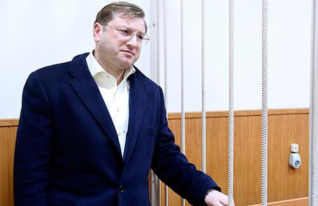 Дело миллиардера Михальченко оконтрабанде коньяка отдали вБасманный суд столицы