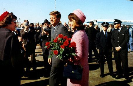 Джон Кеннеди и первая леди Жаклин Бувьер Кеннеди, ноябрь 1963.