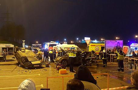 Как минимум 4 человек пострадали в трагедии уТЦ «Глобус» вПодмосковье