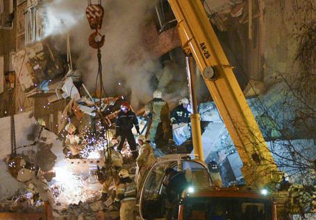 В Ижевске обрушилась часть жилого дома.
