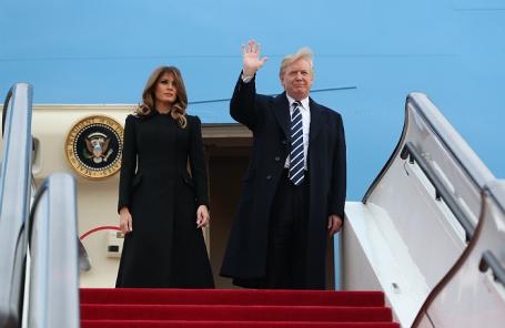 Президент США Дональд Трамп с супругой Меланией.