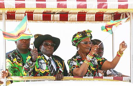 Роберт и Грейс Мугабе.