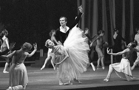 Хореограф Юрий Посохов сказал, что приступил крепетициям балета «Нуреев»