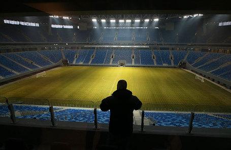 Вид на футбольное поле стадиона «Зенит Арена».