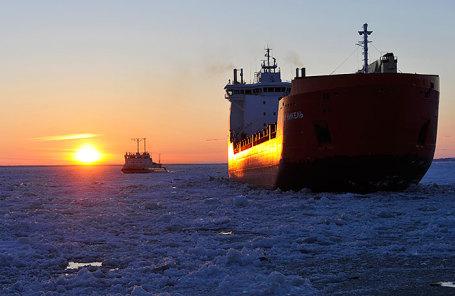 Транспортировка грузов по Северному морскому пути.