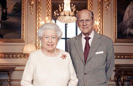 Королева Великобритании Елизавета II и ее супруг принц Филипп.