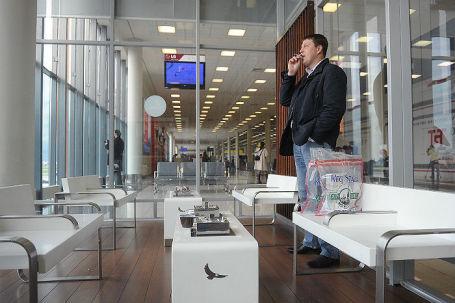 Администрация «Шереметьево» предложила вернуть зоны для курения ваэропортах