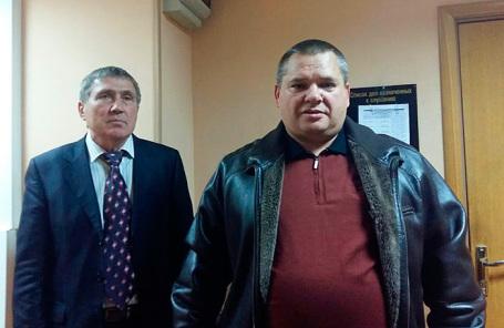 Истец Николай Шестаков и адвокат Петр Домбровицкий.
