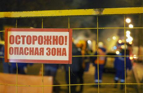 На месте прорыва теплотрассы ТЭЦ №23 в Гольяново.
