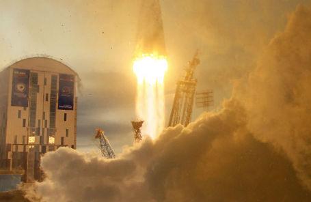 Запуск ракеты-носителя «Союз-2.1б» с космодрома Восточный 28 ноября 2017 года.