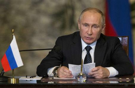 Президент России Владимир Путин на пресс-конференции по итогам встречи с президентом Египта Абделем Фаттахом ас-Сиси.