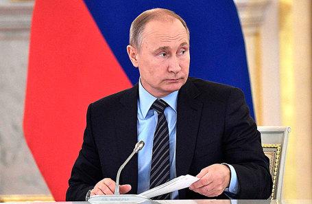 Президент России Владимир Путин на заседании Совета по культуре и искусству, 21 декабря 2017.