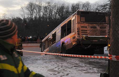 Появились предварительные результаты анализа ДТП савтобусом наСлавянском проспекте