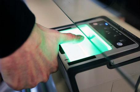 Украина запустила биометрический контроль на границе с РФ.
