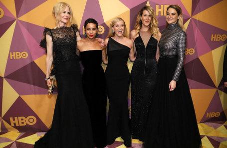 Актрисы (слева направо) Николь Кидман, Зои Кравиц, Риз Уизерспун, Лаура Дерн и Шайлин Вудли на вручении премии «Золотой глобус» в Лос-Анджелесе.