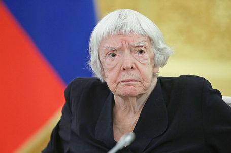 Глава Московской Хельсинкской группы Людмила Алексеева.