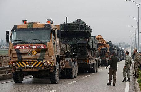 Турейкая военная техника на границе с Сирией, 17 января 2018.