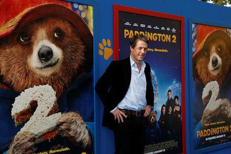 Хью Грант (сыграл в фильме роль Феникса Бьюкенена) на премьере «Паддингтона-2» в Лос-Анджелесе, Калифорнии.