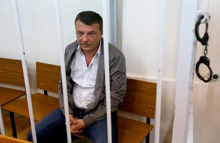 Бывший руководитель службы собственной безопасности Следственного комитета (СК) РФ Михаил Максименко, обвиняемый в получении взятки.