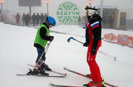 На открытии горнолыжного курорта «Ведучи» в Итум-Калинском районе.